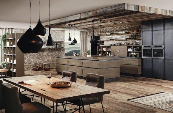 ewe Küche mit Holztisch