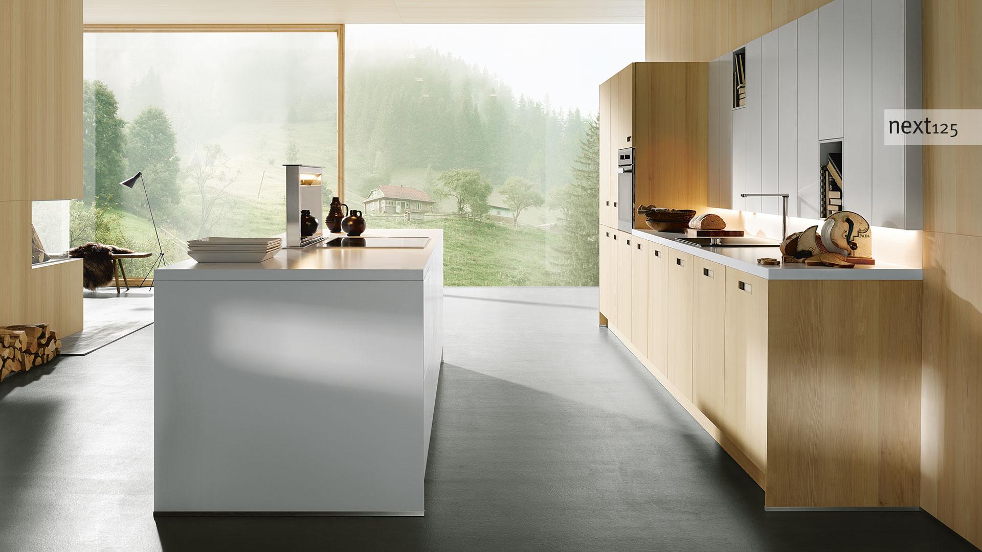 next125 Küche weiß mit Holz Miele Center Küchenstudio Pellet Wien